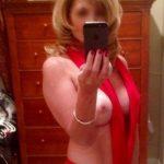 Femme mûre cherche homme distingué ds le 31 pour une sensuelle connivence